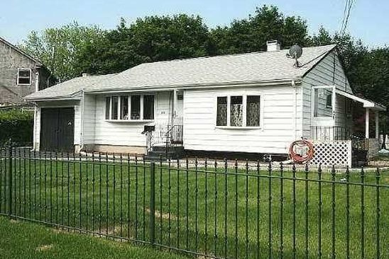 3 bed 2 bath Single Family at Undisclosed Address BRENTWOOD, NY, 11717 is for sale at 355k - google static map