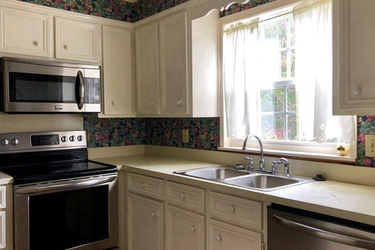 2 bed 2 bath Townhouse at 2316 RIVER OAKS BLVD JACKSON, MS, 39211 is for sale at 75k - google static map