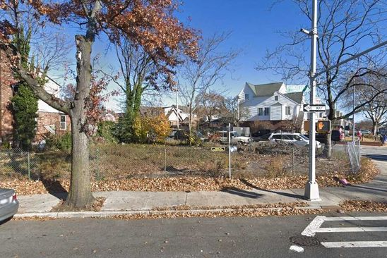 null bed null bath Vacant Land at 2431 Francis Lewis Blvd Whitestone, NY, 11357 is for sale at 425k - google static map