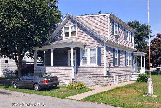 4 bed 2 bath Single Family at 11 ROSITA AVE BRISTOL, RI, 02809 is for sale at 230k - google static map