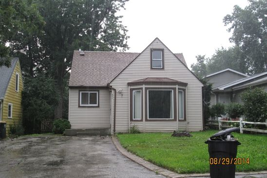 3 bed 2 bath Single Family at 421 BELLEVUE DR ROUND LAKE PARK, IL, 60073 is for sale at 75k - google static map
