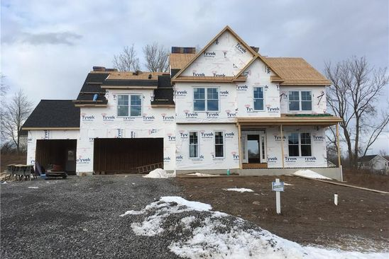 4 bed 3 bath Single Family at 8 Fox Hunt Cir Fairport, NY, 14450 is for sale at 461k - google static map