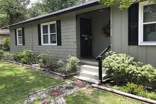 3 bed 1 bath Single Family at 608 CLOVER ST JESUP, GA, 31545 is for sale at 79k - google static map