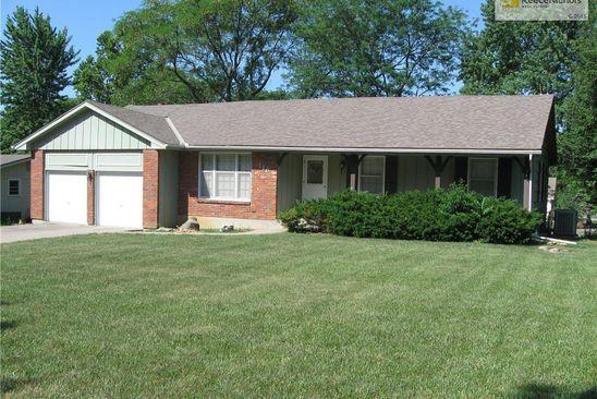 3 bed 2 bath Single Family at 116 Tuscarora Ln Lake Winnebago, MO, 64034 is for sale at 184k - google static map
