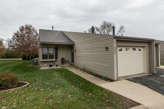 3 bed 2 bath Townhouse at 2856 OAK MEADOW CT DUBUQUE, IA, 52003 is for sale at 163k - google static map