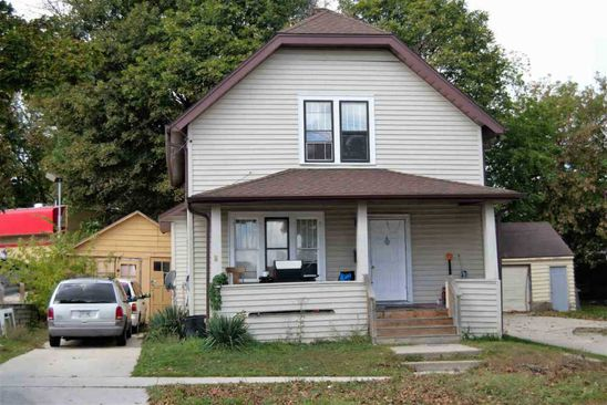 3 bed 2 bath Single Family at 938 S 19TH ST MANITOWOC, WI, 54220 is for sale at 35k - google static map