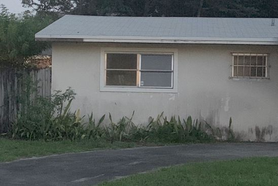 2 bed 2 bath Single Family at 400 NE 165th St Miami, FL, 33162 is for sale at 230k - google static map