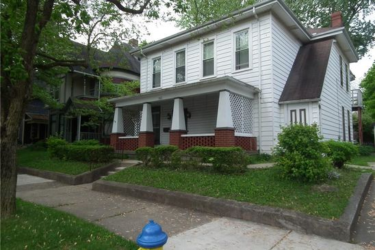 6 bed 4 bath Single Family at 703 S Fountain Ave Springfield, OH, 45506 is for sale at 90k - google static map