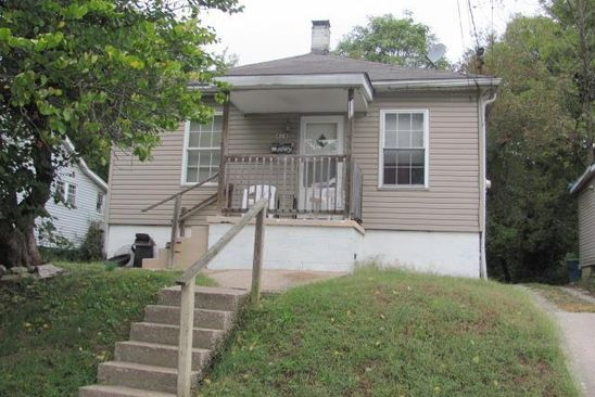 2 bed 1 bath Single Family at 414 AUGUSTA ST ALTON, IL, 62002 is for sale at 21k - google static map