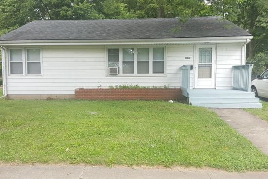 3 bed 1 bath Single Family at 1104 S UNIVERSITY ST NORMAL, IL, 61761 is for sale at 95k - google static map