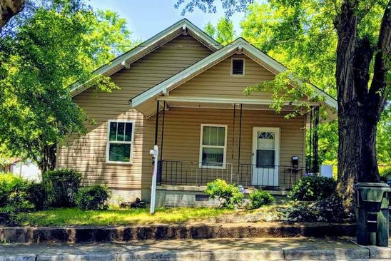 3 bed 1 bath Single Family at 5 A St Greenville, SC, 29611 is for sale at 133k - google static map