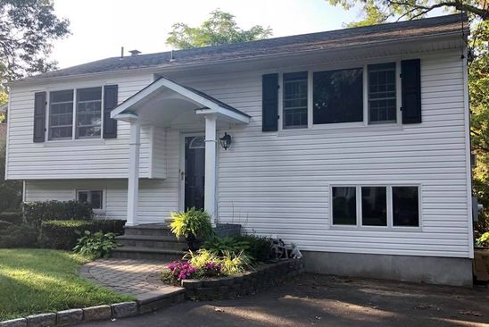 4 bed 2 bath Single Family at 13A Homeland Dr Huntington, NY, 11743 is for sale at 439k - google static map