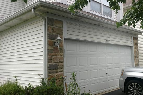3 bed 3 bath Townhouse at 8120 Sierra Woods Ln Carpentersville, IL, 60110 is for sale at 172k - google static map