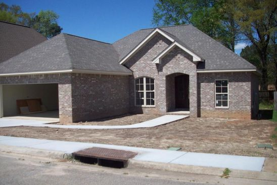 3 bed 2 bath Single Family at 22 Village Dr Hattiesburg, MS, 39402 is for sale at 170k - google static map