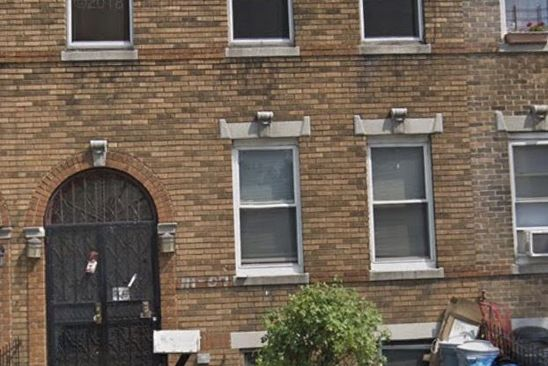 6 bed 3 bath Multi Family at 11107 Northern Blvd Flushing, NY, 11368 is for sale at 1.20m - google static map