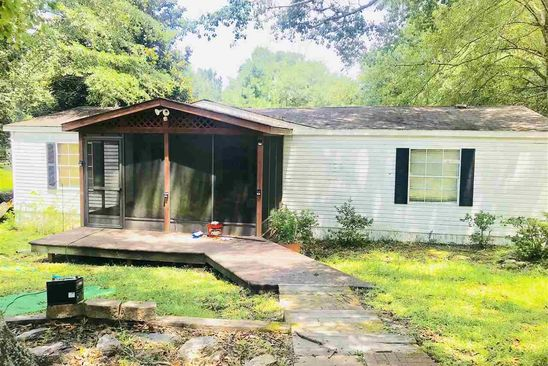 3 bed 2 bath Mobile / Manufactured at 858 COUNTRY CLUB DR CLANTON, AL, 35045 is for sale at 40k - google static map