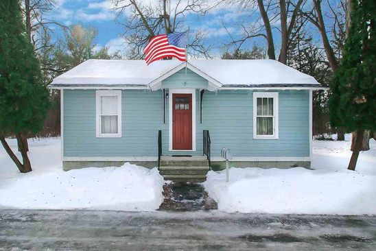 2 bed 1 bath Single Family at 11 Eastman Ln Saratoga Springs, NY, 12866 is for sale at 245k - google static map
