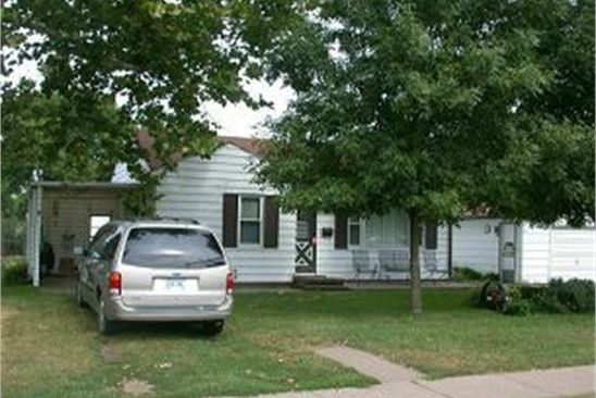 2 bed 2 bath Single Family at 702 9TH ST CAMANCHE, IA, 52730 is for sale at 100k - google static map