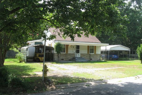 3 bed 2 bath Single Family at 1101 S LOWE ST STUTTGART, AR, 72160 is for sale at 80k - google static map