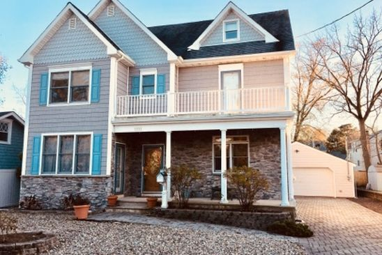 4 bed 3 bath Single Family at 1111 6TH AVE WALL TOWNSHIP, NJ, 07719 is for sale at 589k - google static map