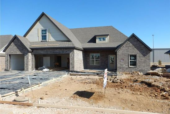 4 bed 3 bath Single Family at 390 Frizzo St Springdale, AR, 72762 is for sale at 292k - google static map