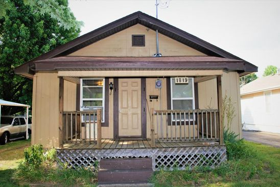2 bed 1 bath Single Family at 1819 W LEE ST SPRINGFIELD, MO, 65803 is for sale at 60k - google static map