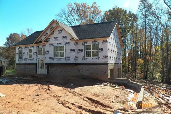 3 bed 2 bath Single Family at 4730 Sudsbee Ln Walkertown, NC, 27051 is for sale at 174k - google static map