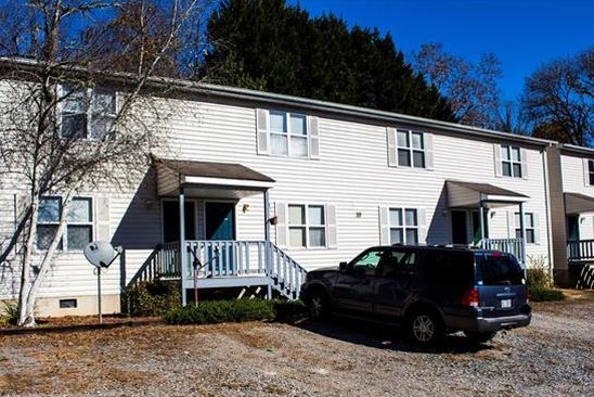 10 bed 15 bath Single Family at 10 Rose St Sylva, NC, 28779 is for sale at 499k - google static map