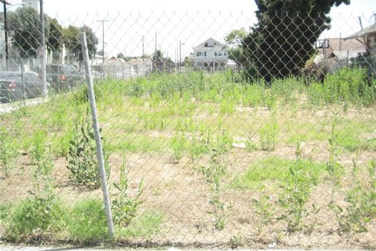 3 bed null bath Vacant Land at 948 E 42nd Pl Los Angeles, CA, 90011 is for sale at 450k - google static map