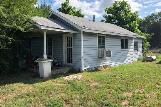 2 bed 1 bath Single Family at 301 S Durant St Muldrow, OK, 74948 is for sale at 20k - google static map