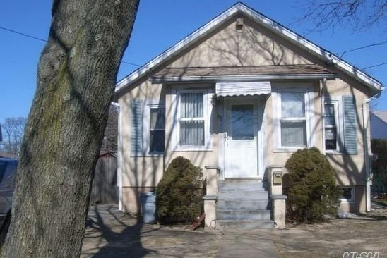 2 bed 1 bath Single Family at 55 CORSICA ST COPIAGUE, NY, 11726 is for sale at 259k - google static map