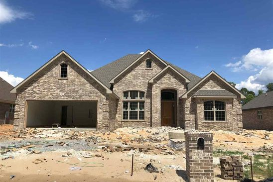 4 bed 3 bath Single Family at 7902 S Shoreline Blvd Benton, AR, 72019 is for sale at 328k - google static map