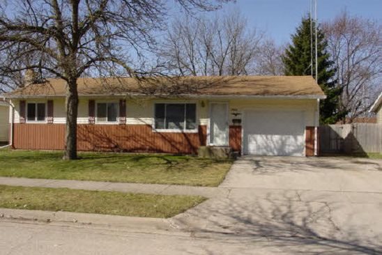 3 bed 1 bath Single Family at 1715 12TH AVE BELVIDERE, IL, 61008 is for sale at 115k - google static map