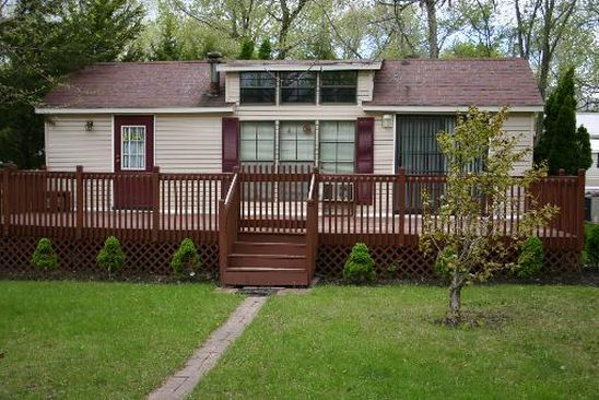 1 bed 1 bath Single Family at 129 DOGWOOD LN WILMINGTON, IL, 60481 is for sale at 30k - google static map