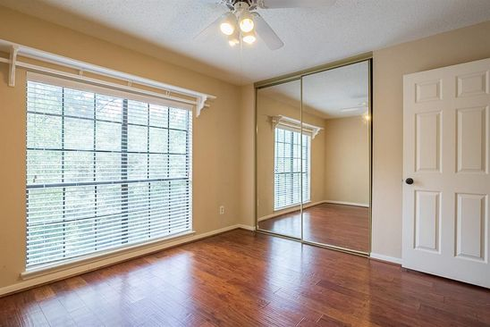 4 bed 3 bath Single Family at 23 White Fawn Dr Spring, TX, 77381 is for sale at 315k - google static map