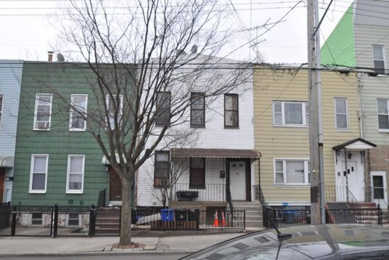 6 bed 2 bath Single Family at 272 ETNA ST BROOKLYN, NY, 11208 is for sale at 689k - google static map
