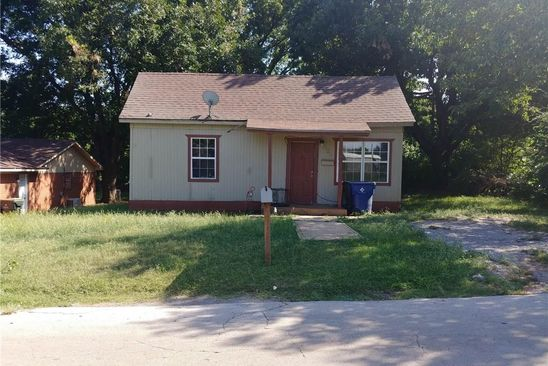 2 bed 1 bath Single Family at 222 E VIRGINIA AVE CHICKASHA, OK, 73018 is for sale at 25k - google static map