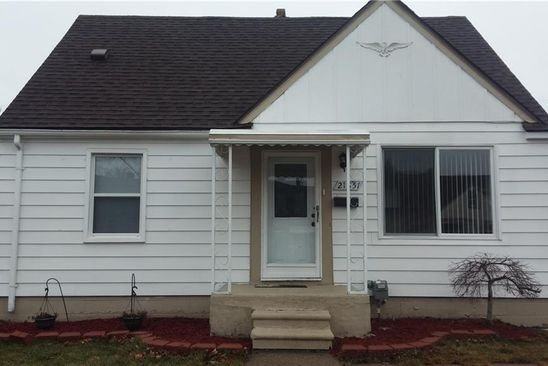3 bed 1 bath Single Family at 21851 TUSCANY AVE EASTPOINTE, MI, 48021 is for sale at 68k - google static map