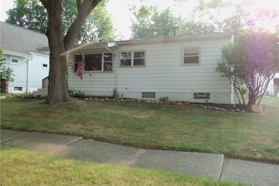 3 bed 1 bath Single Family at 2957 STOCKTON ST AKRON, OH, 44314 is for sale at 89k - google static map