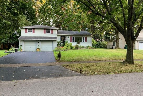 3 bed 2 bath Single Family at 31 Sansharon Dr Irondequoit, NY, 14617 is for sale at 158k - google static map